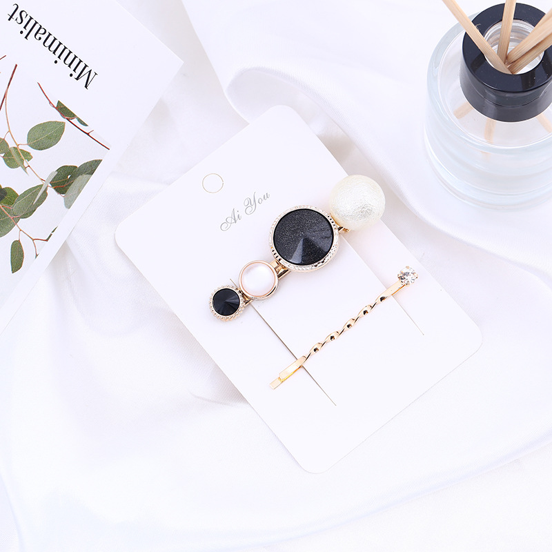 2 Pcs Korean Simple Geometric Button Duckbill Clip for Girl Women Fashion Temperament Imitation Pearl Hairpins Hair Accessories in Women 39 s Hair Accessories from Apparel Accessories