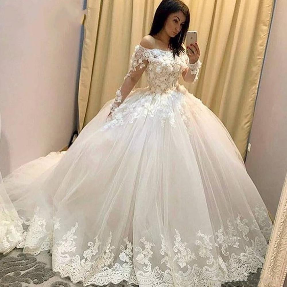 2019 Ball Gown Wedding Dresses Illusion Long Sleeve Lace Appliques Hand Made Flowers Floor Length Bridal Dresses Arabic gown