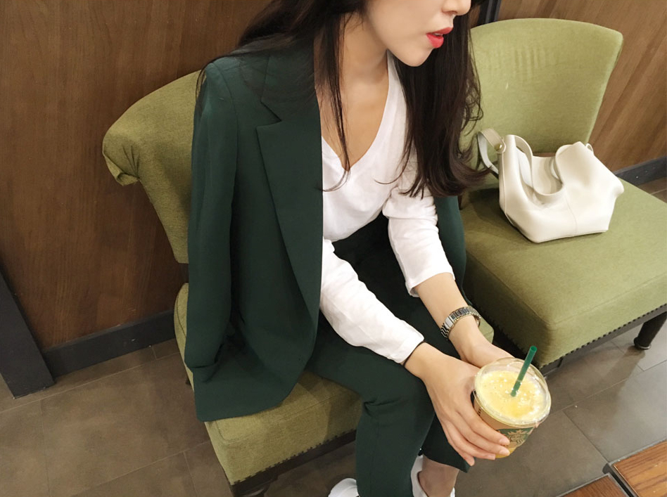 Set female 2018 spring new style temperament Slim solid simple small suit jacket + feet pants elegant two-piece wild leisure