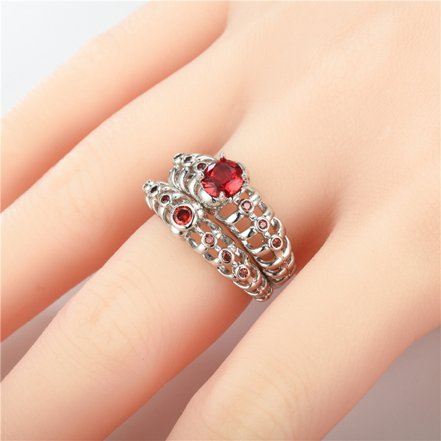 Women's Skull Ring European and American Punk Men Red crystal skull men's jewelry 2 sets Rings 4