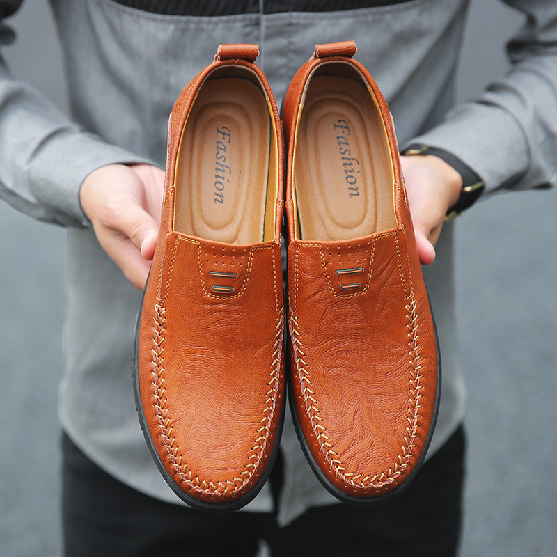 Italian Men Casual Shoes Summer Genuine Leather Men Loafers Moccasins Slip on Mens Flats Breathable Male Driving ShoesItalian Men Casual Shoes Summer Genuine Leather Men Loafers Moccasins Slip on Mens Flats Breathable Male Driving Shoes