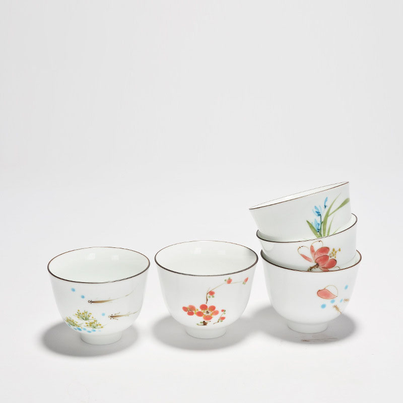 Brief Chinese Handpainted Flower Carp Teacup Ceramic Pottery and Porcelain Tea Cup Kung Fu Tea Set Puer Oolong Tea Cup 120ml
