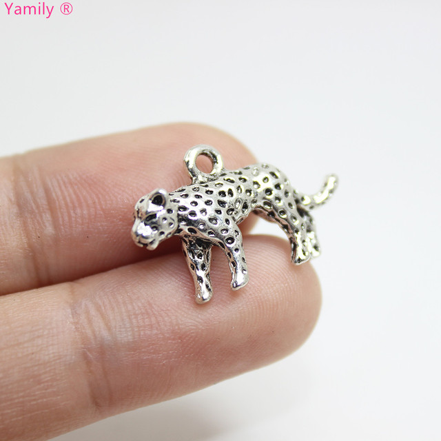 10pcs--14x25x5mm Antique silver tone Leopard 3D Beautiful Details Charms pendant