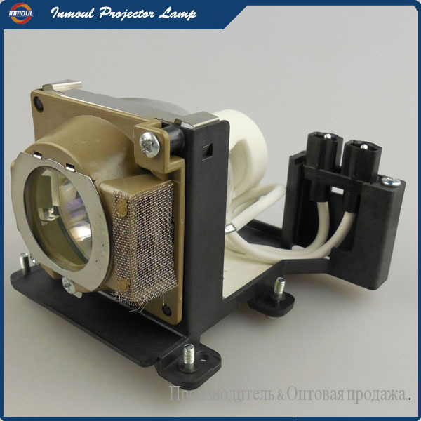 Replacement Projector Lamp VLT-XD300LP for MITSUBISHI LVP-XD300U / XD300U / LVP-XD300 / XD300 Projectors цена