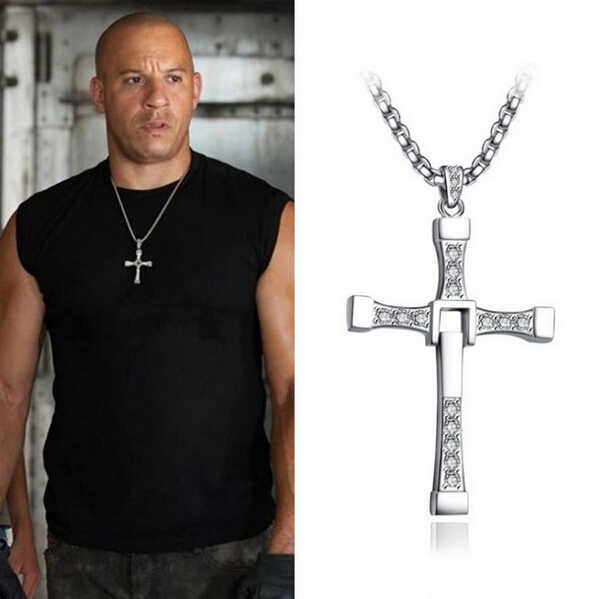 2015 nowy szybki i wściekły Dominic Toretto krzyż naszyjnik dla mężczyzn popularne posrebrzane Movie Crystal Rope Chain Jewelry