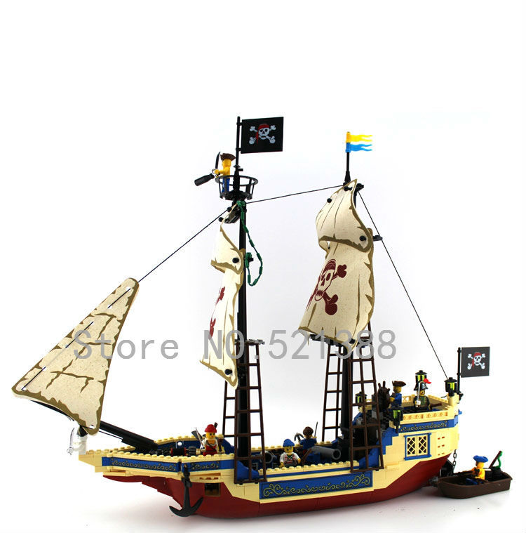 Pirates boat Toys for children DIY Building Blocks self-locking bricks Compatible with Lego top quality abs big building blocks for baby self locking bricks set happy family house eudcational toys compatible