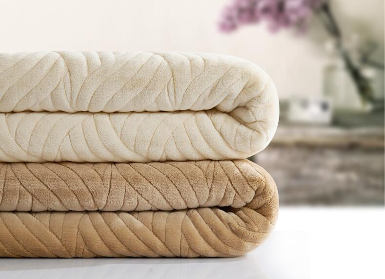 2016 Thick Three Layer Coral Fleece Embossed Warm Soft Blanket Flannel Quilt Anti-static Siesta Travel Sofa Air Conditioner Kit thick warm double layer flannel plus sherpa man made lamb fur blanket 145x195cm