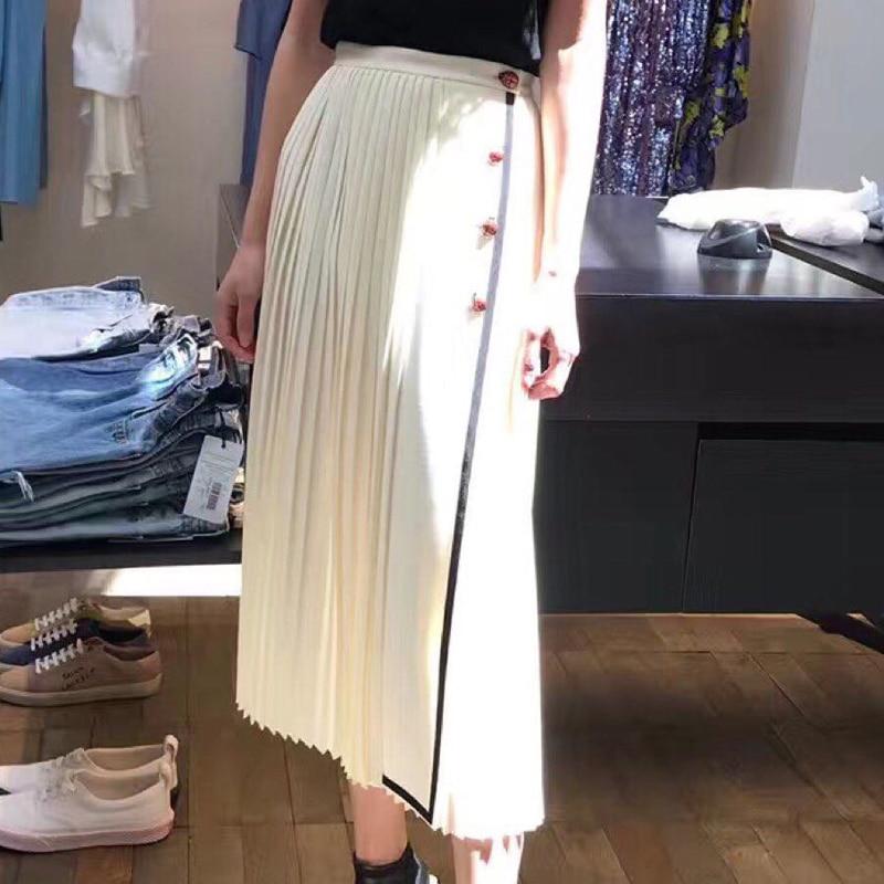 New  European autumn Ladybug white pleated half skirt