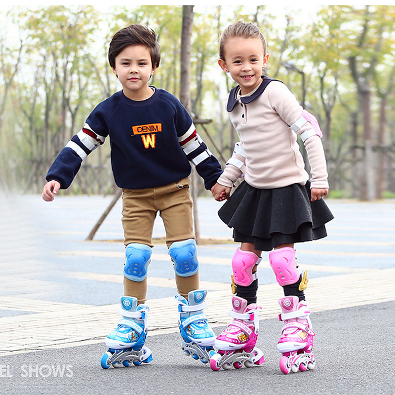 1 Pair Children Inline Skate Roller Skating Shoes Adjustable Washable Flashing Wheels Teenagers Patines 2 Colors [cool skating] fashion x8 skate cycle 2 wheels skate board roller drift skatecycle skateboard stunt scooter better than cx