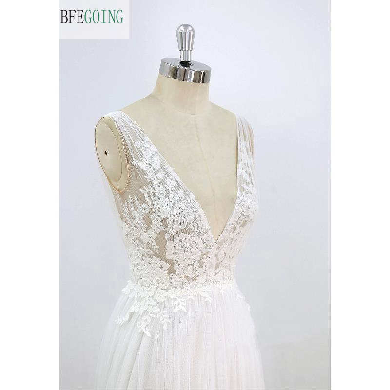 White Tulle   Lace  Appliques  V-Neck Floor-Length  A-line Wedding dresses Sweep /Brush Train  Bridal gown Custom made