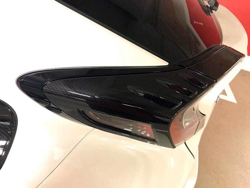все цены на For Toyota C-HR 2016-2018 Outer Car Rear Tail Light Lamp Eyelid Cover Trim 4pcs Carbon Fiber Style Car-styling accessories онлайн