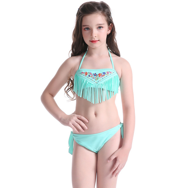 616817935aa01 Mädchen Quaste Bikini Kinder Zweiteilige Badeanzug Sticken Floral Bikinis  Sets für Jugendliche Kinder Bademode Strand Badeanzug