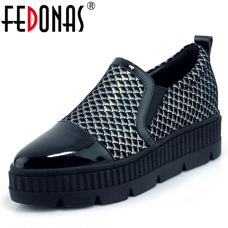 FEDONAS New Women Flats Platforms Shoes Slip On Moccasins Casual Shoes Woman Round Toe Flats Zapatos Mujer Female New Shoes women pointed toe flats 2016 casual shoes female graffiti ballet flats mujer zapatos footwear for woman