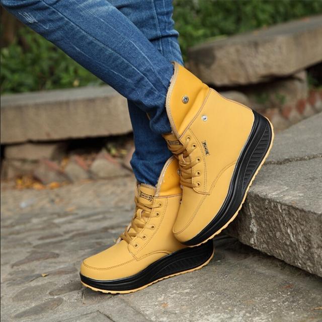 2016 nueva hembra Invierno más el terciopelo zapatos de swing plataforma de nieve de invierno botas de las mujeres termales de algodón acolchado zapatos de tobillo plana botas