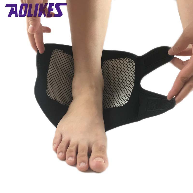 1Pcs Self-heating Magnet Ankle Support Brace Guard Protector Winter Keep Warm Sports Sales Tourmaline Product Foot retainer