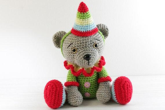 Cosa regalare a Natale a chi ama l'uncinetto   Alessia, scrap & craft…   380x570