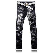 Оригинальный дизайн мода мужчины черные прямые отпечатано жан мужские джинсовые герои фильма печатным рисунком джинсы бесплатная доставка