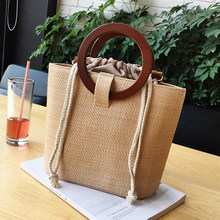 Fashion Round Wood Handle Handbag For Ladies Large Capacity Handmade Woven Rattan Bags Female Summer Beach Vacation Shoulder Bag(China)