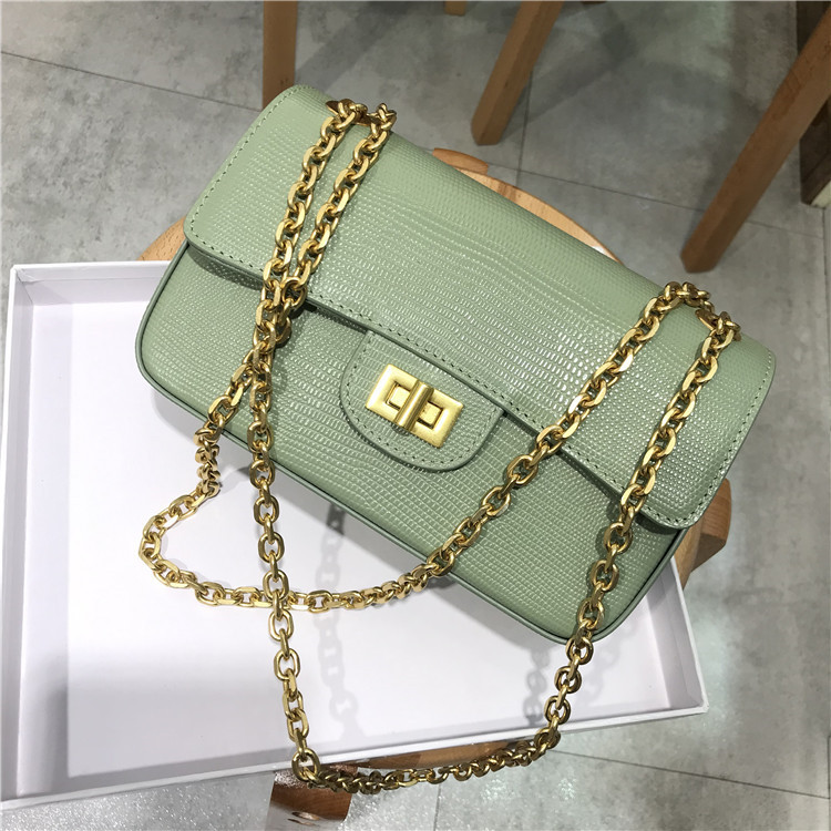 free shipping 2019 new small sweet wind lizard grain leather lady one shoulder chain lock aslant bag of women free shipping 2019 new small sweet wind lizard grain leather lady one shoulder chain lock aslant bag of women