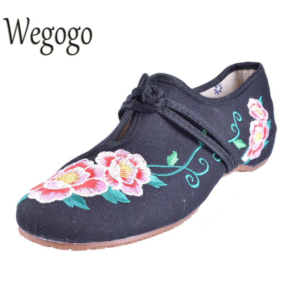 Wegogo Chaussure Femme Women Embroideried Shoes Flats Loafers Zapatos Mujer Sapato Feminino Soft Sole Women Casual Flats wegogo women flats shoes old peking mary jane phoenix floral embroidery soft sole zapatos de mujer ballet flat plus size 41