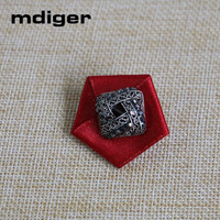 Mdiger Brand Men Brooches Rhinestone Star Brooch Pins for Men Suits Collar Lapel Pin for Wedding Party Jewelry 10 PCS/LOT
