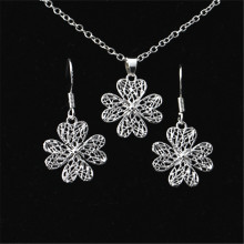 Korean 925 sterling silver earrings necklace new four-leaf grass earrings pendant women's suit(China)