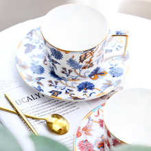 European Bone China Coffee Cup And Saucers Set 240ML afternoon tea set flower tea cup With Spoon Porcelain Drinkware  gift стоимость