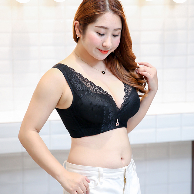 3d90a829e63 300 pounds of new sexy sexy female wear lace bra bra cup Daquan the deep V  version of C D E for large bra underwear underwear013