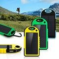 Dual USB % 100 5000 mAh Cargador Banco Portable de la Energía Solar A Prueba de agua Al Aire Libre de Viaje Batería Enteral Powerbankf para teléfonos Android