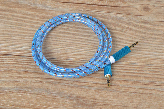 500pcs The new skin straight grain to record the line Colored metal audio line AUX gm car audio wire 3.5 mm audio line