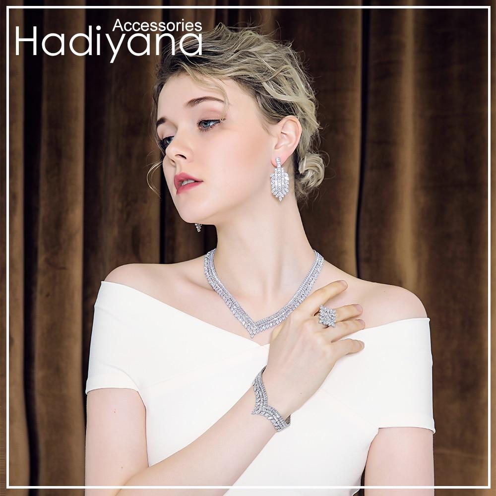 Hadiyana Jewelry V Shape...