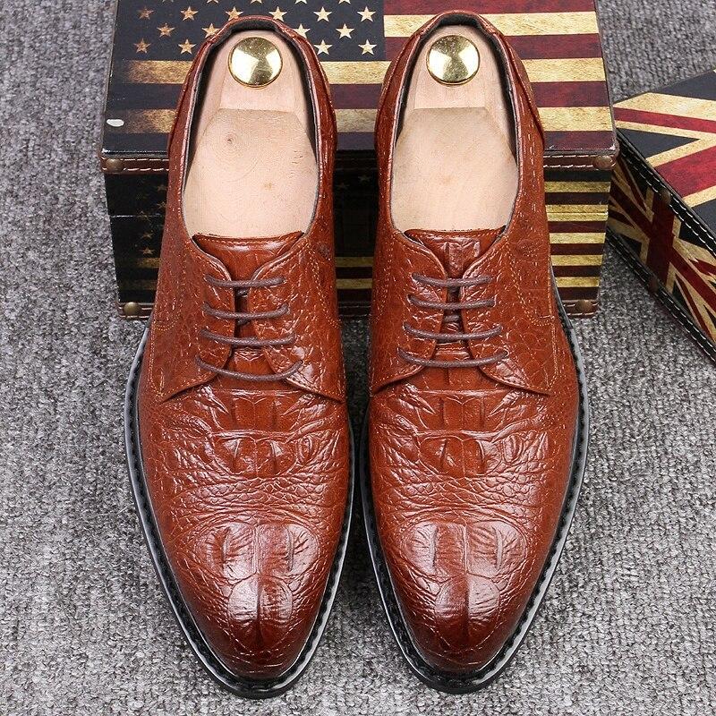 Masculinos Couro Britânico vermelho Moda Homens Marca Negócio 2a Preto Da Retro De Sapatos Estilo Casuais Apontado up marrom Preto Oxfords Lace Luxo Dedo wPPqfXOpx