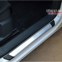 For vw tiguan stainless steel door pulls sill auto accessories for vw tiguan 2010 2012 2016 wear plates Car styling fashionable replacement steel exhause for vw tiguan silver blue 2 pcs