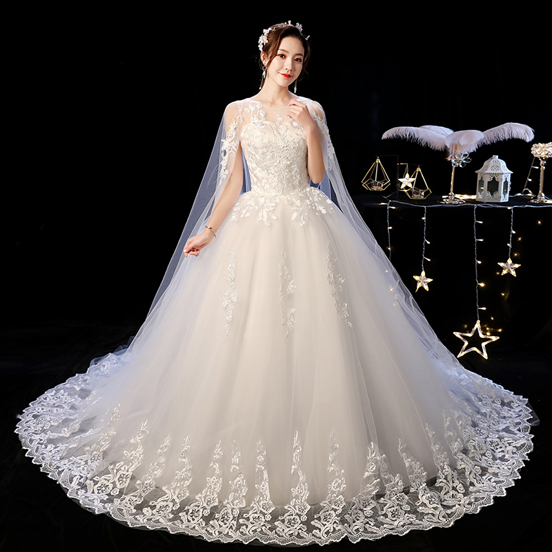 2019 New Off White O Neck Long Train Wedding Dress Beautiful Lace Applique Illusion Lace Up Wedding Gown Vestido De Noiva L