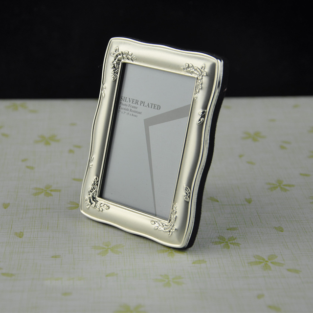 2x3 Mini Metal Photo Frame For Exquisite Gift Small Classic Picture