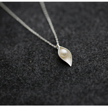 Athemis silver necklace pearl leaf pendant for Silicone dolls real doll and sex doll Christmas gift