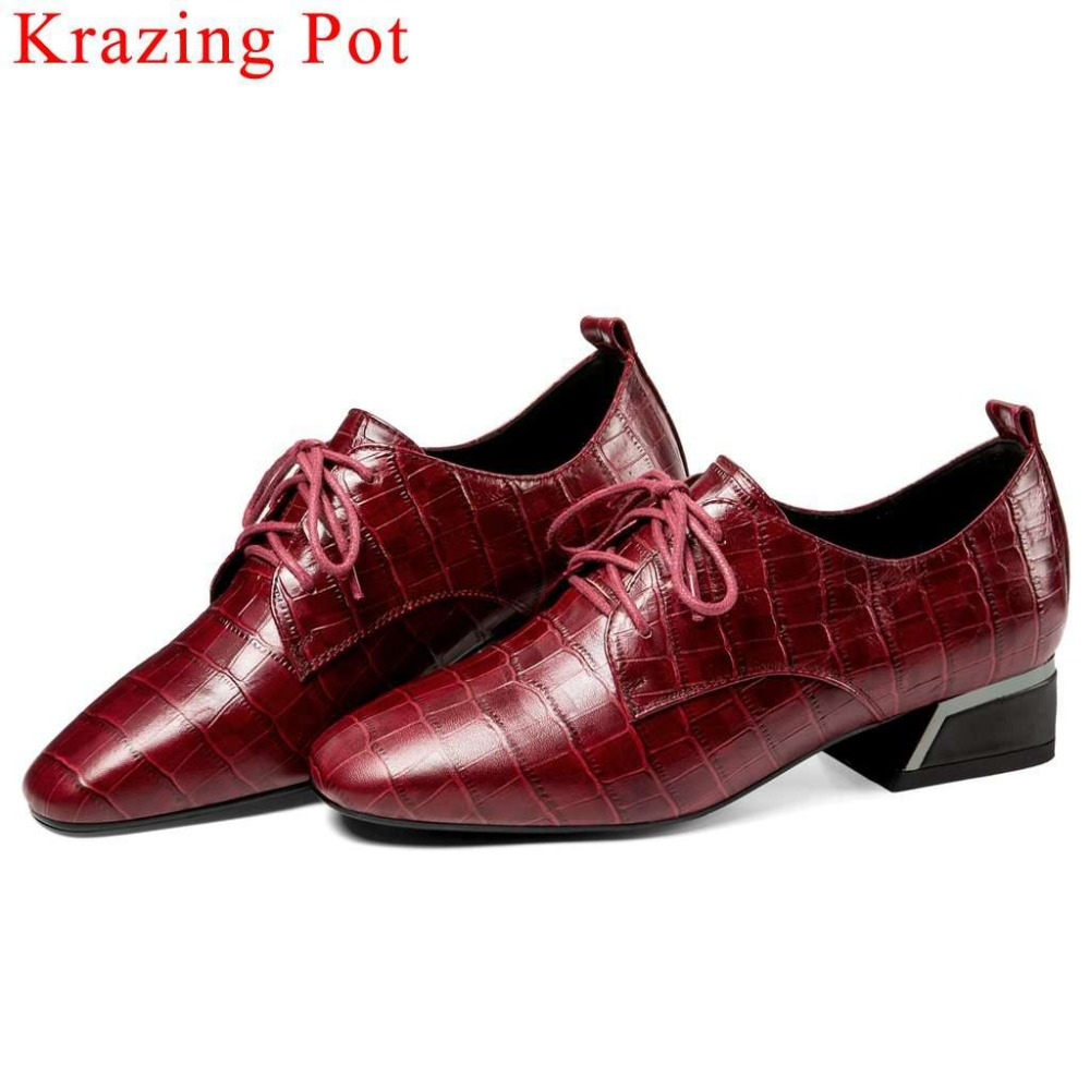 2019 vintage British style natural leather chunky low heels classic square toe pumps lace up large