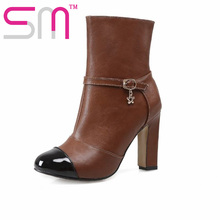 New Arrive Autumn Winter Boots Women Fashion Metal Charm Shoes Woman Popular Thick High Heels Shoes Patch Color Ankle Boots