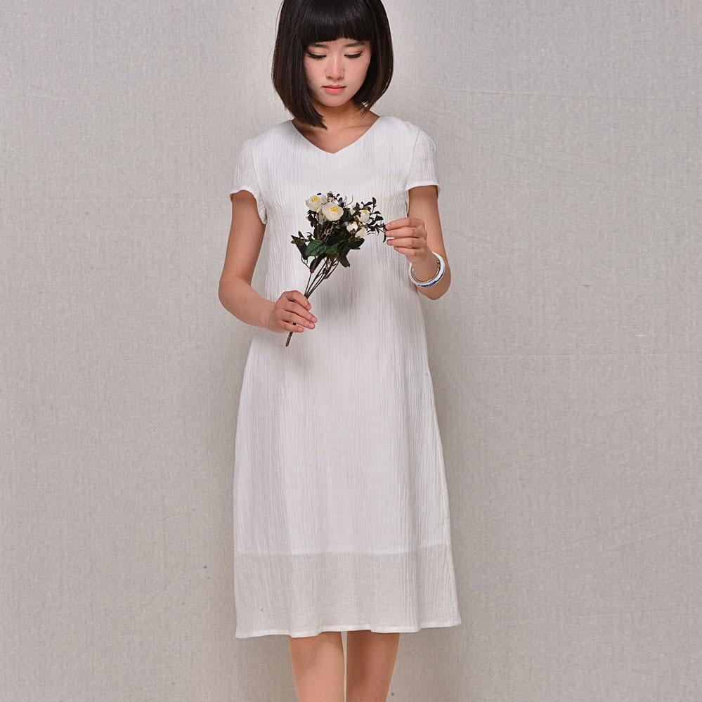 White linen clothes for women
