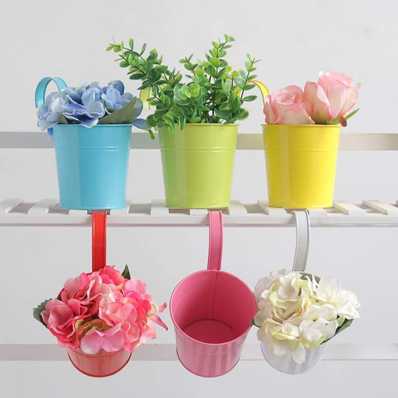 Unique Metal Bucket Hanging Vase Wrought Iron Flower Barrel Balcony Pots Planters Wall Pastoral Holder