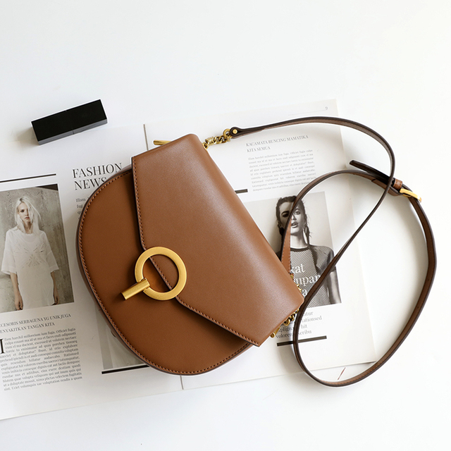 the perfect crossbody bag