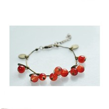 Hot Sale European Retro Fashion Red Sweet Cherry Pendant Bronze Metal Chain Beautiful Charm Bracelets Bangle for Women Jewelry(China)