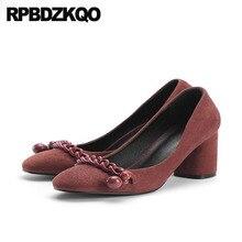 Черный шикарные замшевые Элегантные Дизайнерские каблуки Для женщин роскошь 2018 Мода Размер 4 34 обувь круглый носок 3 дюймов обувь коренастый Китай насосы
