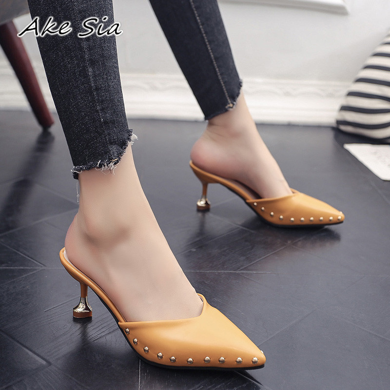 Candy-colored Slippers 2020 Summer New Pointed Rivets With High Heels Flip Flops Slippers Female Sandals Sandalias Femenina S084