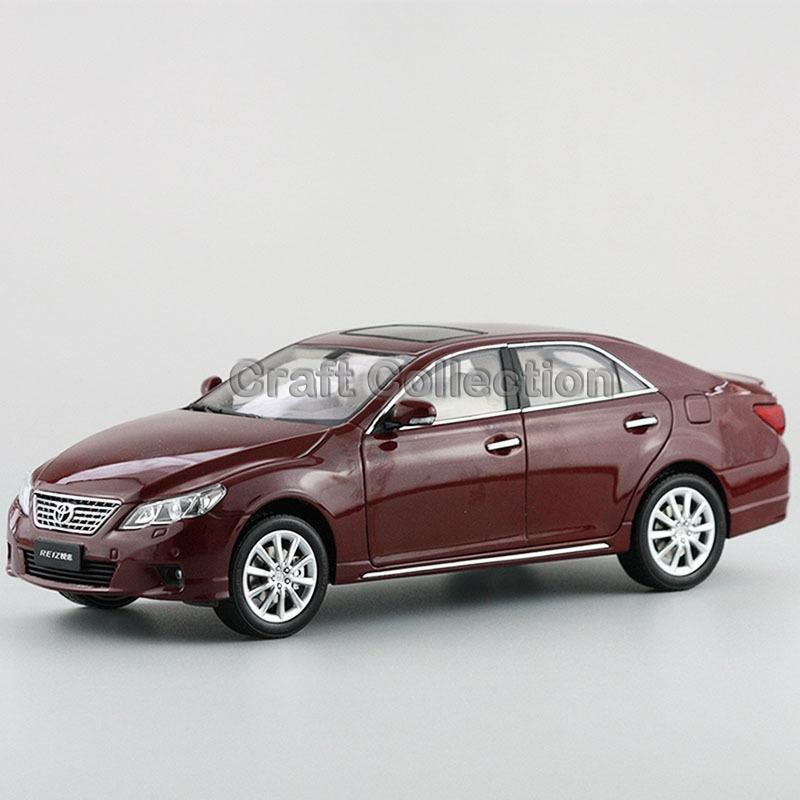 * Red 1:18 Toyota Reiz 2010 Mark-X Mark X Ruiz Diecast Model Car New Technology Vehicle Hot Selling Miniatures