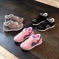 2017 venta caliente marca casual niñas y niños zapatillas niños zapatos cómodos transpirable deportes niños shoes shoes cojín