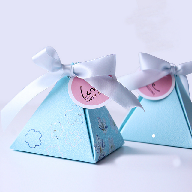 100 X High Quality European Sky Blue Flower Gift Box Triangular Pyramid Wedding Favors Paper