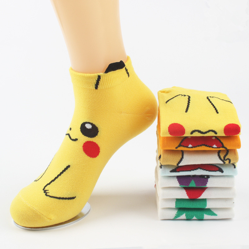 4Pairs/lot Anime Pokemon Go Cheaper Wholesale Socks Cotton Jacquard Sox Japanese Raichu Charmander Novelty Funny Socks For Women