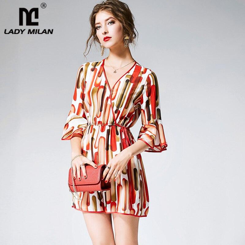 100% Silk Overalls Frauen Sexy V-ausschnitt 3/4 Flare Ärmeln Gedruckt Mode Designer Overalls & Strampler