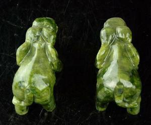 Image 2 - مجموعة رائعة الصينية الطبيعية اليشم الأخضر نحت الحيوان الأفيال طول العمر تمثال الميمون زوج